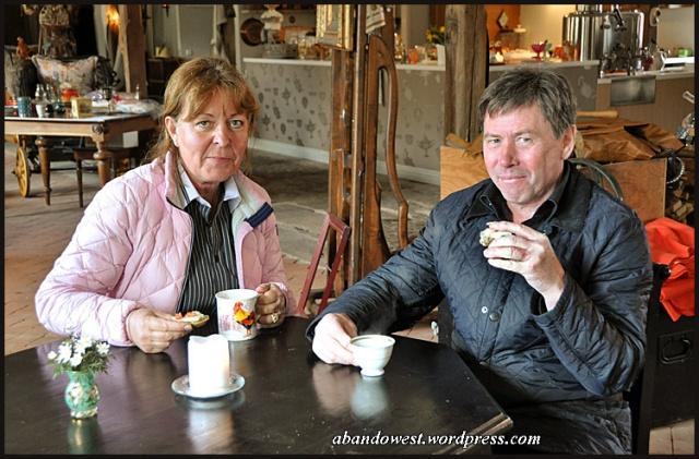 Inger och Bertil, innehavare av Café Stegared, Halland - 2015-04-04